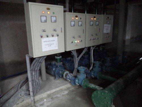 Tủ điều khiển bơm Pentax được các kỹ sư của Bomnhapkhau.vn lắp ráp thành công